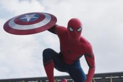 7782311461_le-nouveau-costume-de-spider-man-ne-plait-pas-a-tout-le-monde